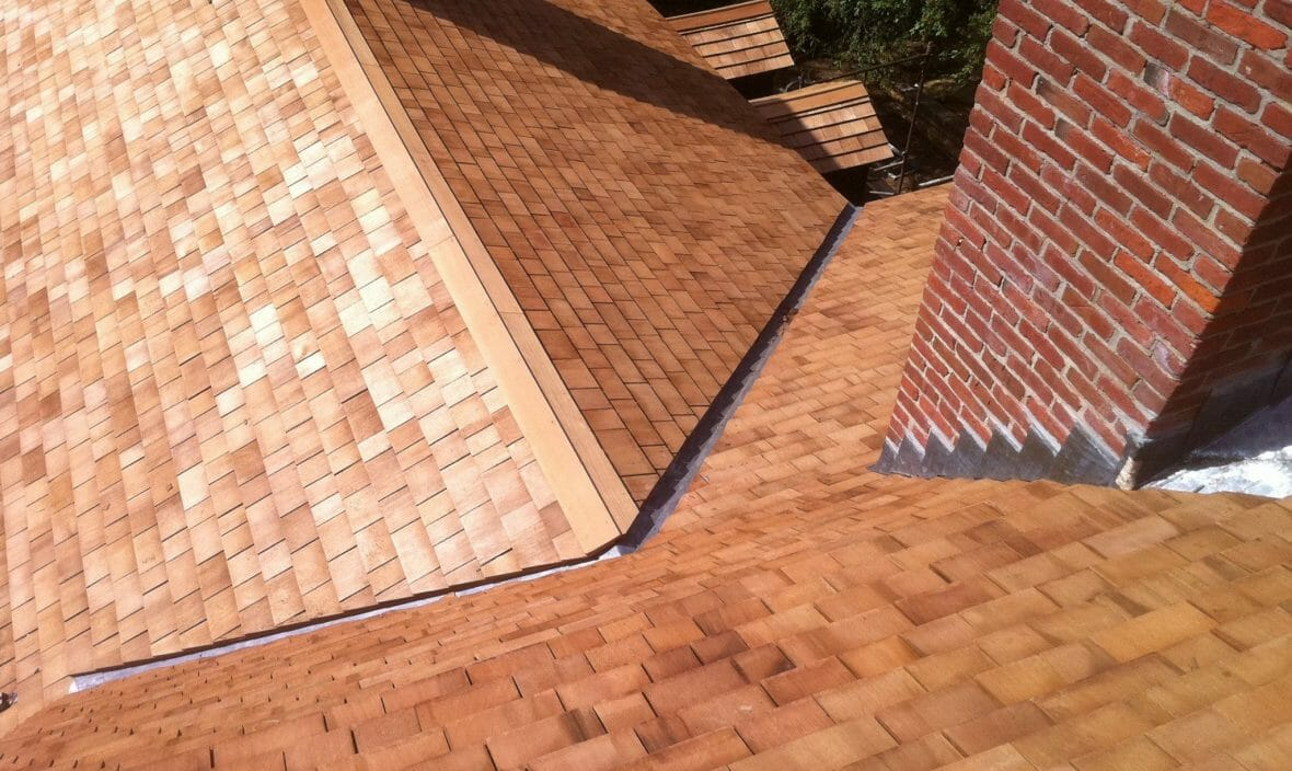 Western Red Cedar Shakes and Shingles