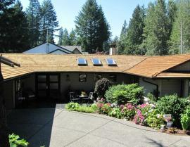 western red cedar - Tapersawn Shake Roof 2 270x209
